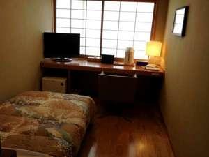 シングルルーム(バスなし・トイレ付・12平米)